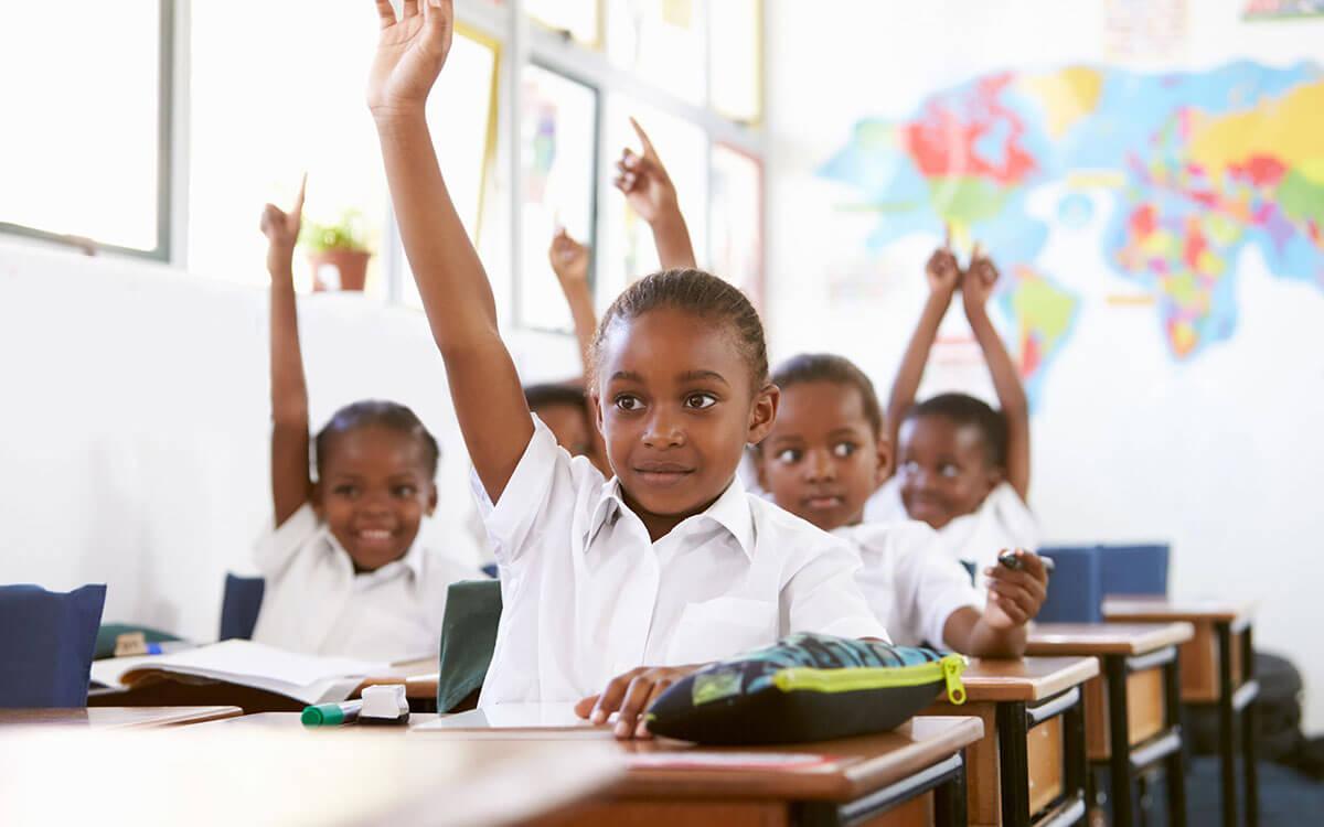 Plurimpresa sostiene l'associazione l'africa chiama onlus